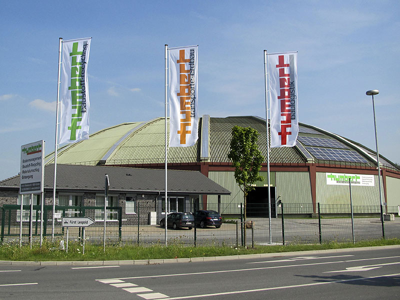 Humbert Altholz-Recycling Rundhalle an der Wienbecke